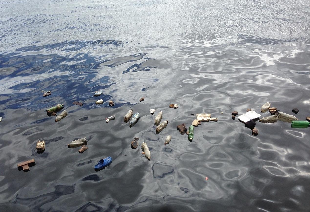 stop au plastique